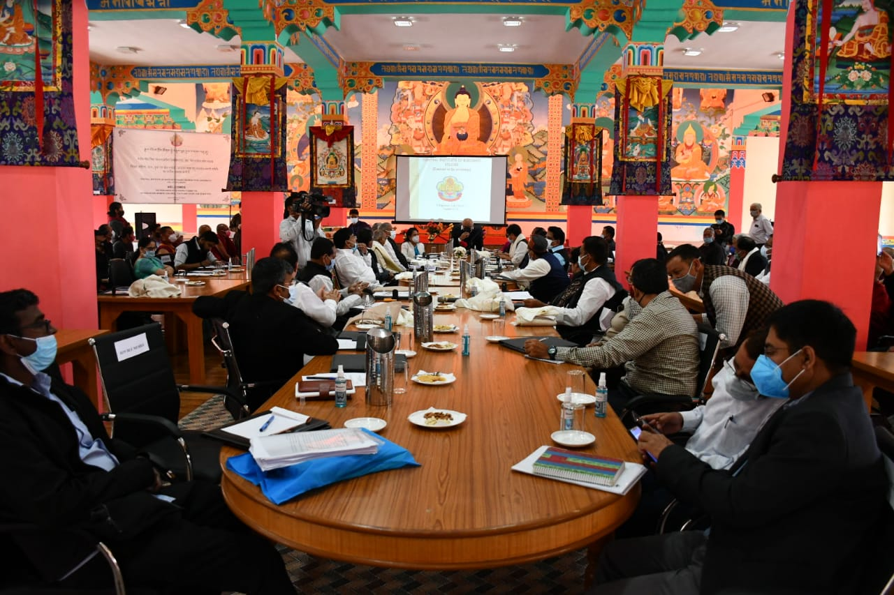 Parliamentary Standing Committee visits various institutes in Leh, interact with mgmt & staff