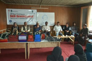 30 days training programme on skill development, opportunities in leather and allied products for SHG members of NRLM concludes in Kargil (3)