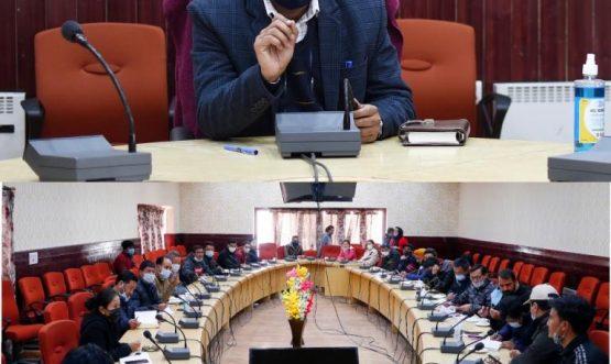 DC, Leh reviews ongoing work under JJM in Leh district