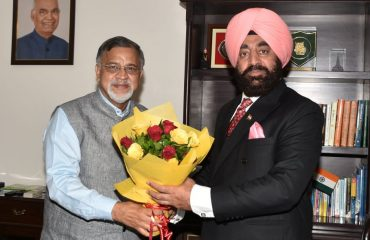 Chief Information Commissioner Shri J P Mamgain called on Governor