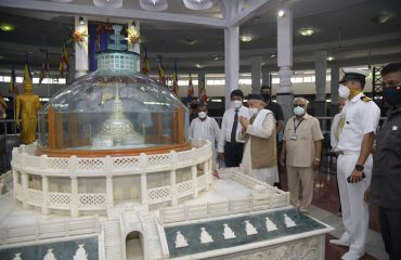Governor visited the Deeksha Bhoomi in Nagpur