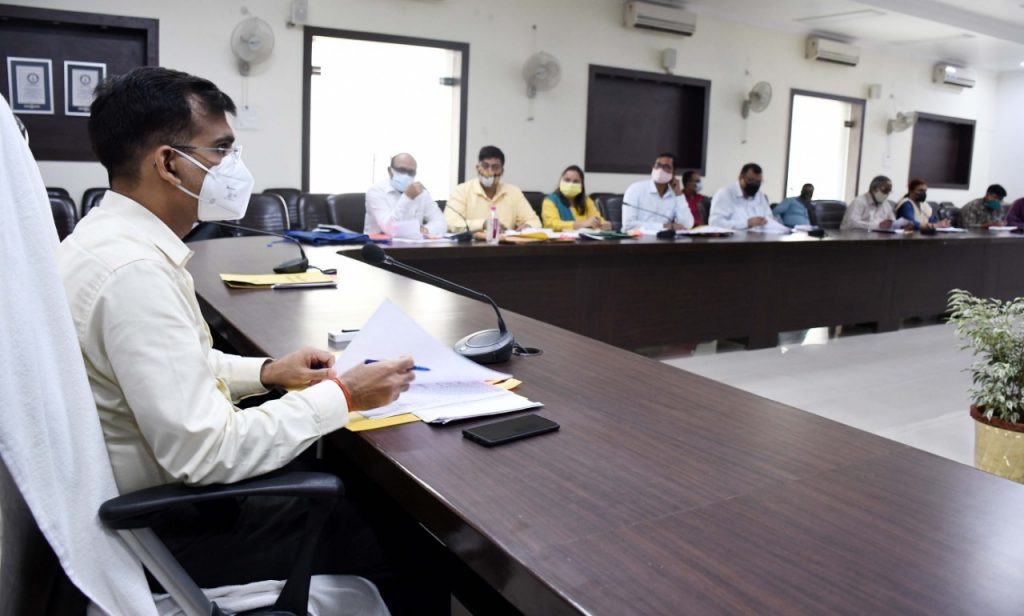 Divisional Meeting of Road Safety Committee under the Chairmanship of the Divisional Commissioner