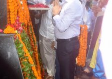 Divisional Commissioner paid tribute to the freedom fighter on the occasion of 115th birth anniversary of Chandrashekhar Azad;?>