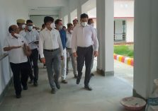 Surprise Inspection by Divisional Commissioner of the under-construction Divyangjan North Secondary School in Barhni, Pratapgarh;?>