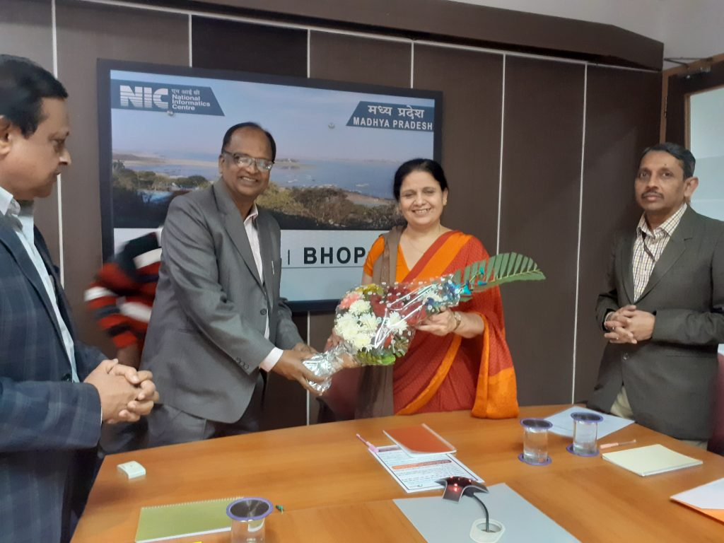 Welcome of DG NIC at MPSC Bhopal
